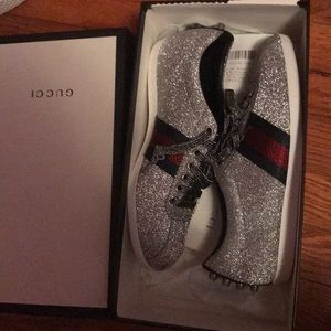 92b2deb4ab9 Gucci Shoes - Women s gucci shoes size 8